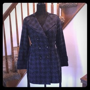 💋💋Forever 21 Lightweight Trench Size Small